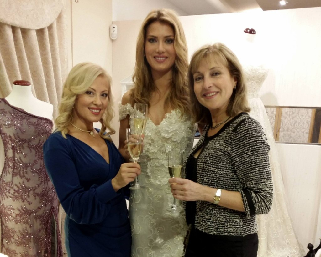 Celebrating the toast of her success! Tina Olari believes that she is the lucky charm of Mireia Lalaguna